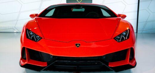 Lamborghini stopper produktionen på grund af corona